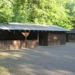 Schutzhütte, offen für Wanderer und Besucher